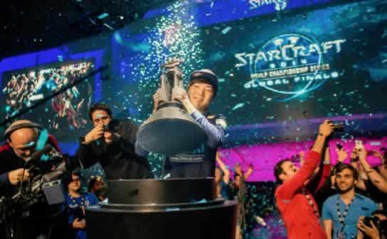 WSOP y Tencent representaran en Asia la unión del Póker y los eSports